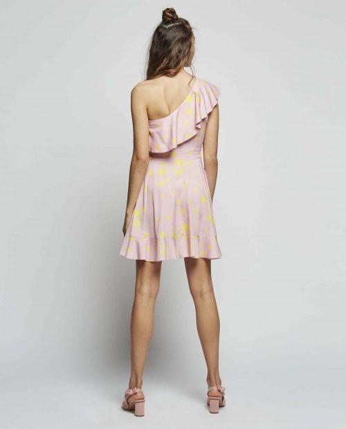 Vestido Rosa Escote Asimétrico de Volantes Dolores - SEVEN TIMES - PALENCIA