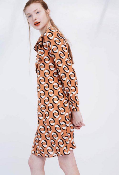 vestido recto estampado geometrico dolores promesas