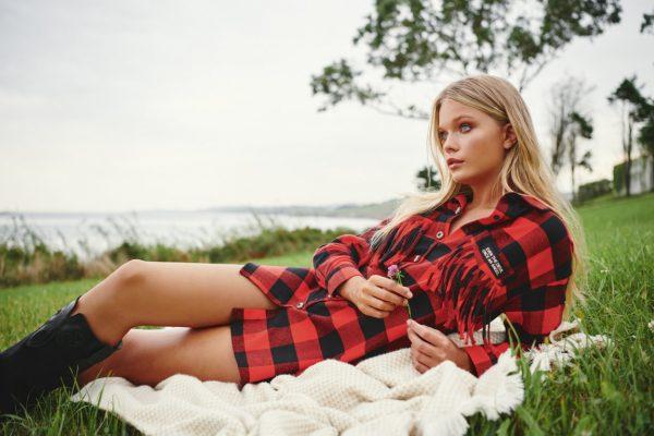 Red tartan fetiche suances-SevenTimes