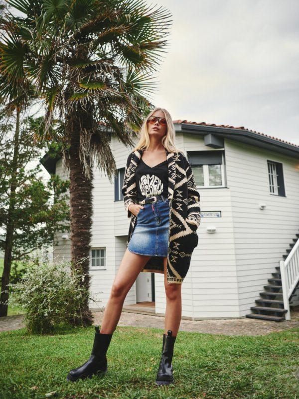 camiseta negra fetiche suances-SevenTimes