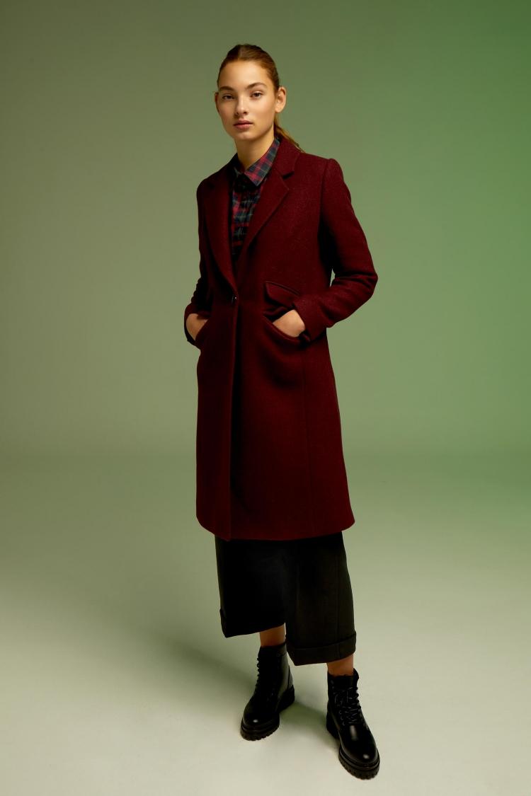 abrigo-claudia-rojo-vino SEVEN TIMES ANDMEUNLIMITED